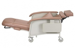 Clinical Care Geri Chair Recliners by Drive DeVilbiss
